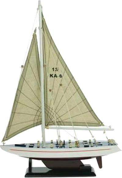 Модель яхты  из дерева купить в спб
