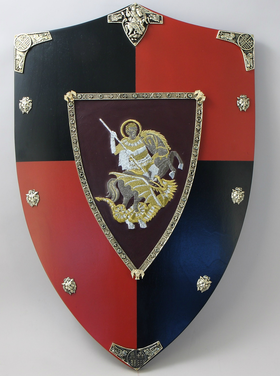 белая русские щиты с гербами картинки кровать